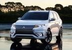 Outlander Plug-In Hybrid den mest sålda supermiljöbilen under 2014. Modellen på bilden gjorde världspremiär på Paris Motor Show.