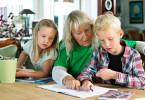 Familj ritar och undrar om ROT-avdrag